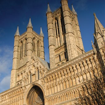 Lincoln-Cathedral-Sky